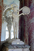 classic marble statue in front of a mirror Capitole Toulouse France