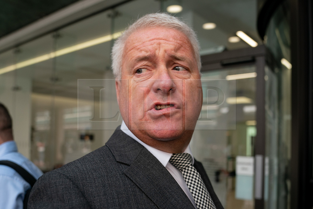 © Licensed to London News Pictures. 30/04/2019. London, UK. Labour MP Ian Lavery arrives at Labour Party headquarters for National Executive Meeting at which Labour's position on a second EU vote will be decided. Photo credit : Tom Nicholson/LNP
