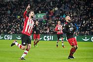 EINDHOVEN, PSV - Excelsior, voetbal, Eredivisie, seizoen 2016-2017, 14-01-2017, Philips Stadion, PSV speler Davy Propper (L) heeft de 2-0 gescoord, Excelsior speler Stanley Elbers (R) baalt.