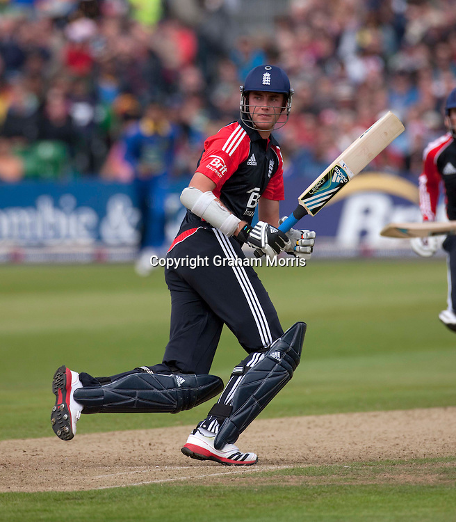 Captain Stuart Broad fails to score as he watches another bye go past during the T20 international between England and Sri Lanka at Bristol.  Photo: Graham Morris/photosport.co.nz