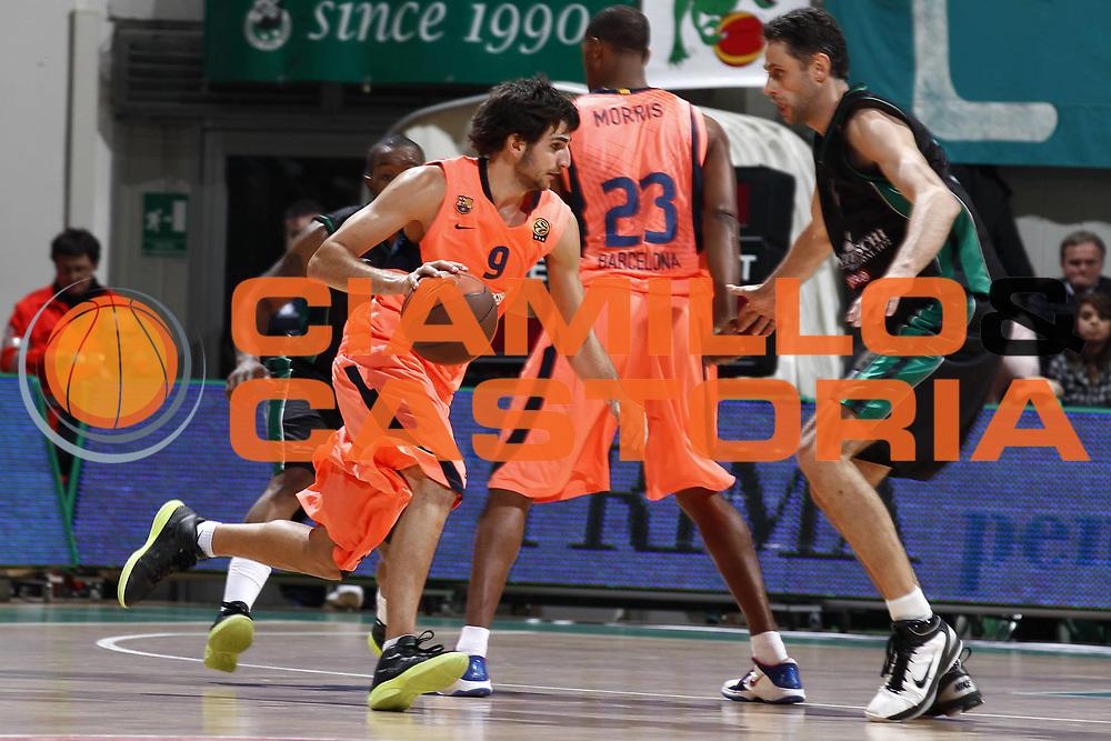 DESCRIZIONE : Siena Eurolega 2010-11 Montepaschi Siena Regal Barcellona Barcelona<br /> GIOCATORE : Ricky Rubio<br /> SQUADRA : Regal Barcellona Barcelona<br /> EVENTO : Eurolega 2010-2011<br /> GARA :  Montepaschi Siena Regal Barcellona Barcelona<br /> DATA : 17/11/2010<br /> CATEGORIA : palleggio<br /> SPORT : Pallacanestro <br /> AUTORE : Agenzia Ciamillo-Castoria/E.Castoria<br /> Galleria : Eurolega 2010-2011<br /> Fotonotizia : Siena Eurolega Euroleague 2010-11 Montepaschi Siena Regal Barcellona Barcelona<br /> Predefinita :