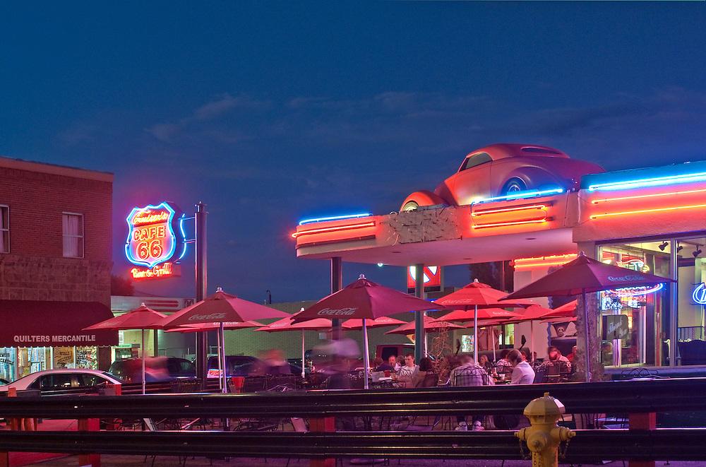 Williams. Arizona, Route 66, night, Restaurant, neon, Cruiser's Cafe 66