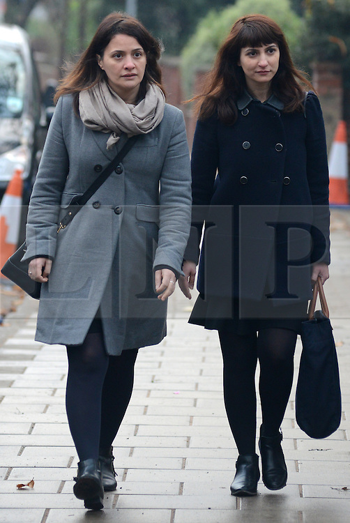 © Licensed to London News Pictures. 27/01/14 The Metropolitan Police Service (MPS) have stated there will be no further action by police against NIGELLA LAWSON in connection with drug use. FILE PICTURE DATED 10/12/2013. London, UK. Italian Sisters Elisabetta 'Lisa' (L) and Francesca (in dark jacket) Grillo, who are the former personal assistants to Charles Saatchi and Nigella Lawson, arriving at Isleworth Crown Court in London. The pair, who face fraud charges, are accused of misappropriating funds while working for Saatchi and Lawson.Photo credit : Peter Kollanyi/LNP