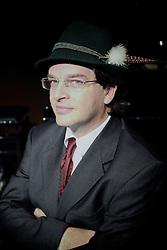 Francisco Marshall é fundador do StudioClio e seu curador cultural, pro bono. É licenciado em História pela Universidade Federal do Rio Grande do Sul (1988) e doutorado em História Social pela Universidade de São Paulo (1996), realizando pós-doutorado na Princeton University. FOTO: Dani Barcellos/Preview.com
