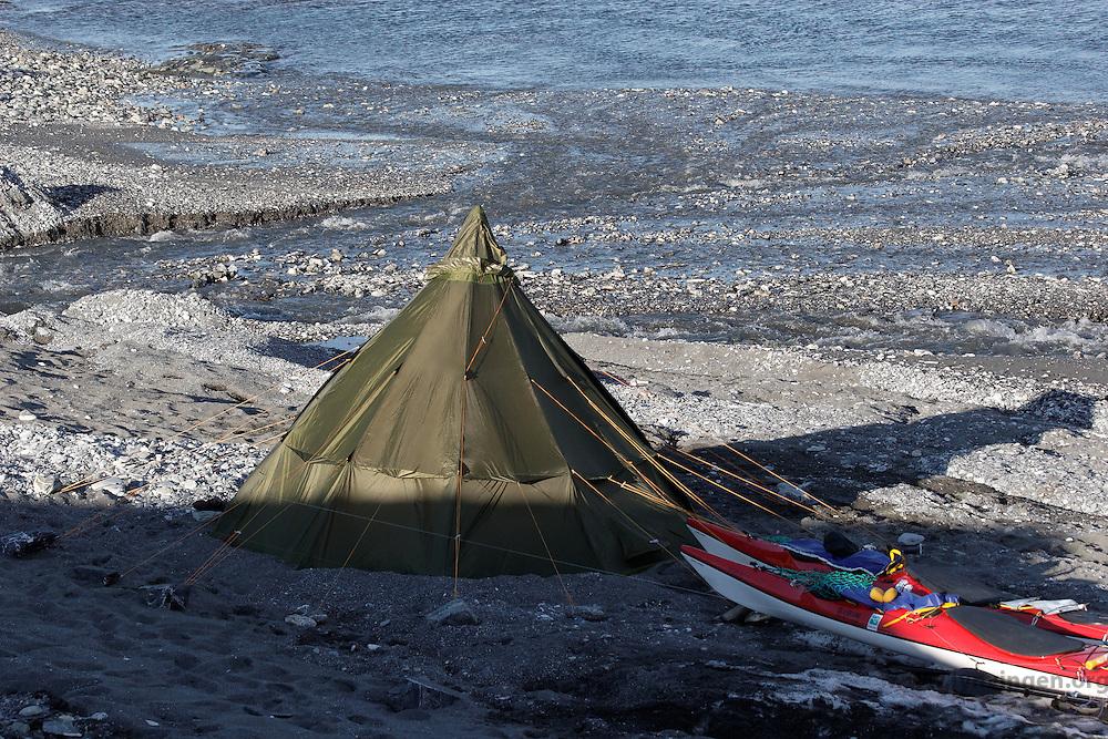 Helsport Lavvo Finnmark at Spitsbergen