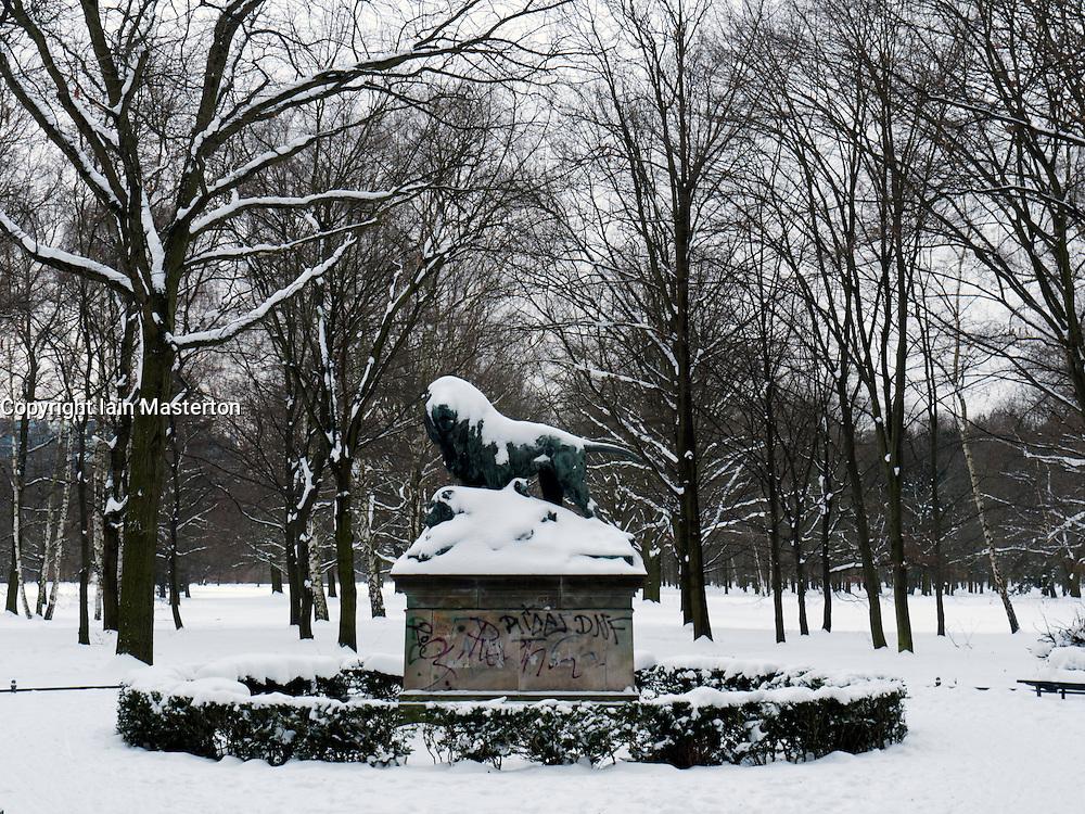 Snow covered parkland in Tiergarten Park in central Berlin in winter 2010