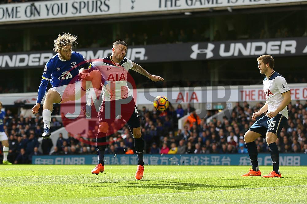 Tom Davies of Everton misses a cross into the penalty box - Mandatory by-line: Jason Brown/JMP - 05/03/2017 - FOOTBALL - White Hart Lane - London, England - Tottenham Hotspur v Everton - Premier League