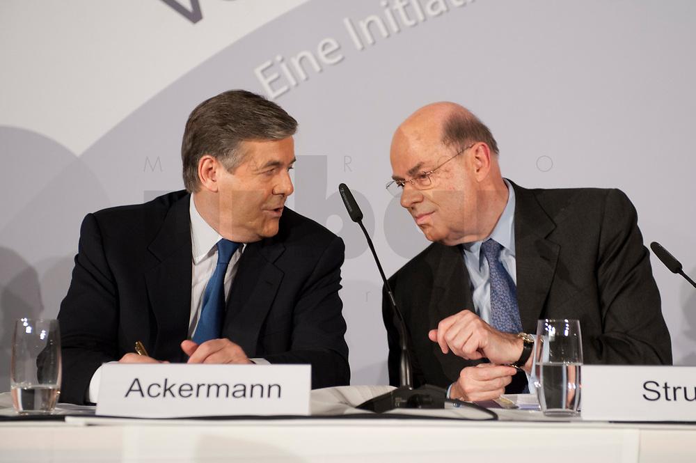 """25 NOV 2010, BERLIN/GERMANY:<br /> Dr. Josef Ackermann (L), Vorstandsvorsitzender Deutsche Bank AG, und Dr. Juergen Strube (R), Aufsichtsratsvorsitzender BASF, im Gespraech, Pressegespraech """"Leitbild fuer verantwortliches Handeln in der Wirtschaft"""", Clubraum, Akademie der Kuenste<br /> IMAGE: 20101125-01-086<br /> KEYWORDS: Gespräch"""