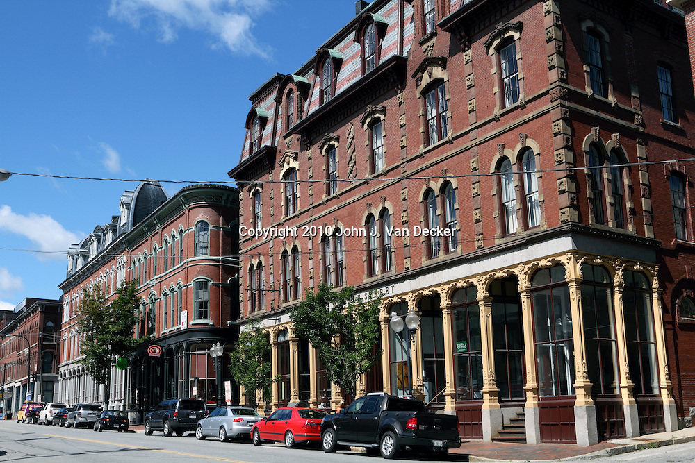 Examples of 19th century architecture on middle street for How much to build a house in maine