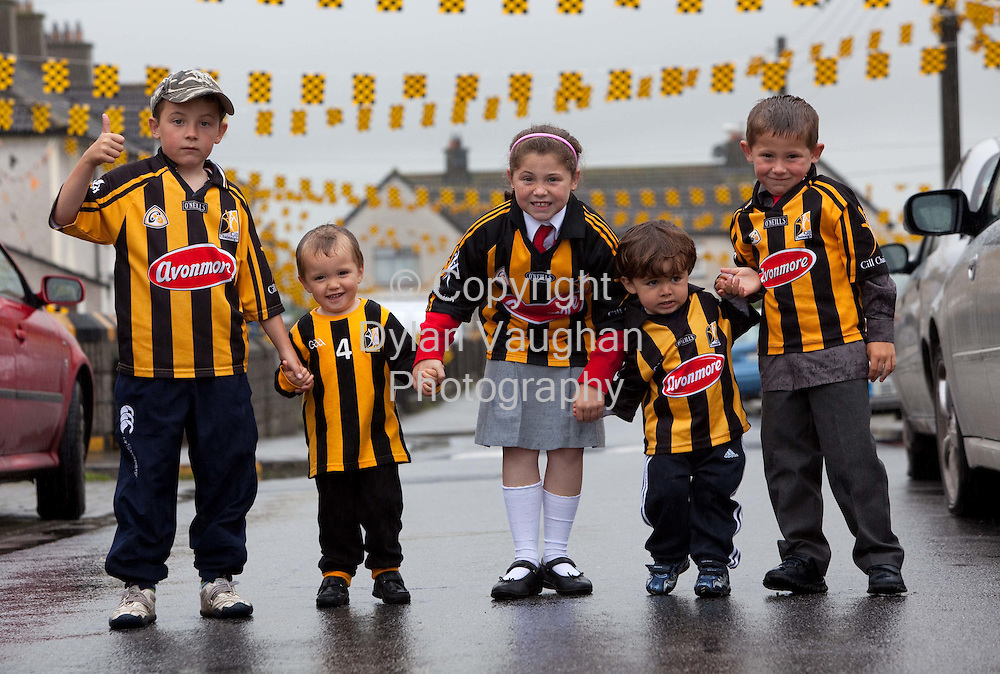 3/9/2009.Cian Maher (7), Josh Quirke Duggan (3), Ria Maher (8) , Zach Clowrey (2) and Kyle Maher (5) pictured showing support for the Kilkenny team on Pearse Street in Kilkenny..Picture Dylan Vaughan.