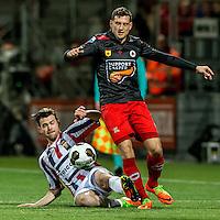ROTTERDAM - Excelsior - Willem II , Voetbal , Eredivisie , Seizoen 2016/2017 , Stadion Woudestein , 25-02-2017 , Willem II speler Guus Joppen (l) in duel met Excelsior speler Luigi Bruins (r)