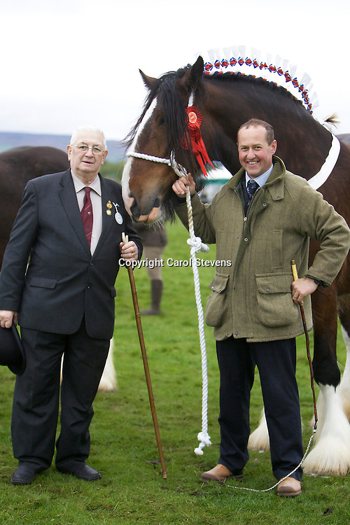 Mr Mark Richardson and F W Richardsons and Sons' Bewholme Moonlight Sensation     S Moorfeld Edward<br />