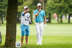 26.06.2015, Golfclub München Eichenried, Muenchen, GER, BMW International Golf Open, Tag 2, im Bild l-r: Caddie Craig Connelly und Martin Kaymer (GER) beraten sich // during day two of the BMW International Golf Open at the Golfclub München Eichenried in Muenchen, Germany on 2015/06/26. EXPA Pictures © 2015, PhotoCredit: EXPA/ Eibner-Pressefoto/ Kolbert<br /> <br /> *****ATTENTION - OUT of GER*****