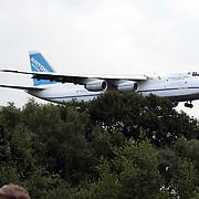 NLD/Soesterberg/20080723 - Aankomst van een Antonov 124 op vliegbasis Soesterberg om 2 Cougar helicopters te vervoeren