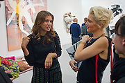 DASHA ZHUKOVA; GWEN STEFANI, OPENING OF FRIEZE ART FAIR. Regent's Park. London.  12 October 2011. <br /> <br />  , -DO NOT ARCHIVE-© Copyright Photograph by Dafydd Jones. 248 Clapham Rd. London SW9 0PZ. Tel 0207 820 0771. www.dafjones.com.