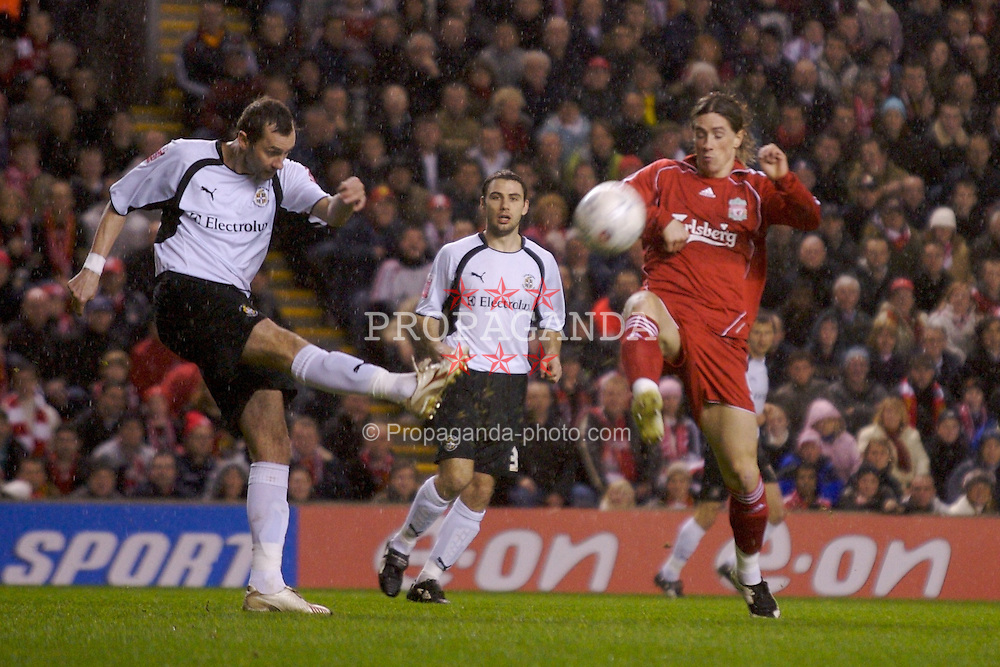 LIVERPOOL, ENGLAND - Tuesday, January 15, 2008: Liverpool's Fernando Torres and Luton Town's Don Hutchison during the FA Cup 3rd Round Replay at Anfield. (Photo by David Rawcliffe/Propaganda)