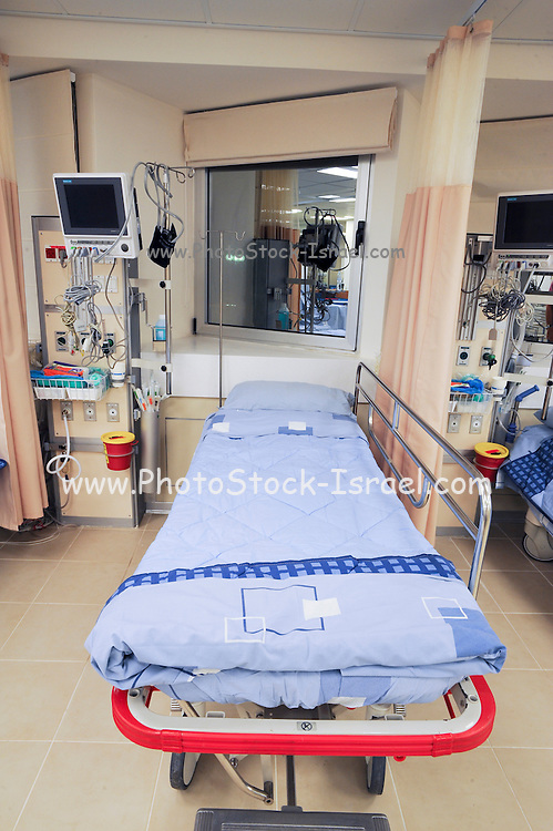 An empty bed in an Intensive care unit