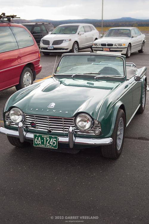 Beautiful Triumph TR-4. From Hawaii!!