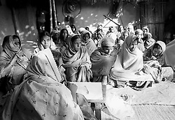 BANGLADESH BOGRA DISTRICT BOGRA DEC94 - A womens' group initiated by the Bangladeshi NGO TMSS during their regular weekly meeting...jre/Photo by Jiri Rezac..© Jiri Rezac 1994