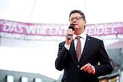Frankfurt am Main | 21.09.2013<br /> <br /> Endspurt-Kundgebung auf dem Frankfurter R&ouml;merberg zum Landtagswahlkampf der SPD (Sozialdemokratische Partei Deutschlands) 2013, hier: <br /> Thorsten Sch&auml;fer-G&uuml;mbel h&auml;lt eine Rede.<br /> <br /> ABDRUCK/NUTZUNG HONORARPFLICHTIG!<br /> <br /> &copy;peter-juelich.com<br /> <br /> [No Model Release | No Property Release]
