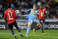 FOOTBALL - FRENCH CHAMPIONSHIP 2010/2011 - L1 - LILLE OSC v STADE BRESTOIS - 7/11/2010 - PHOTO JEAN MARIE HERVIO / DPPI - MARIO LICKA (SB)