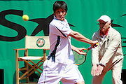Roland Garros. Paris, France. June 2nd 2006..Kevin Kim against Rafael Nadal. .