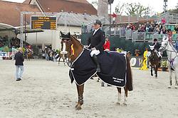 SCHMAUS Guenter, Magnum du Chable Ch<br /> Amateur Springreiter- Cup Trophy Finale<br /> Nörten Hardenberg Burgturnier - 2011<br /> (c) www.sportfotos-Lafrentz. de/Stefan Lafrentz