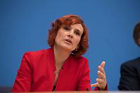 DEU, Deutschland, Germany, Berlin, 25.09.2017: Katja Kipping (DIE LINKE) in der Bundespressekonferenz zu den Ergebnissen der Bundestagswahlen.