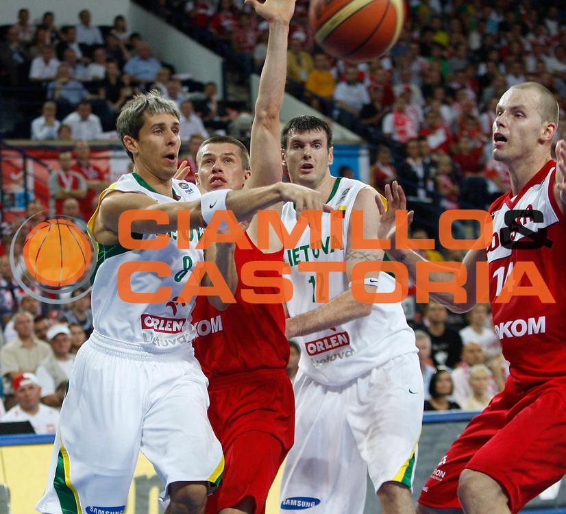 DESCRIZIONE : Wroclaw Poland Polonia Eurobasket Men 2009 Preliminary Round Lituania Polonia Lithuania Poland<br /> GIOCATORE : Mindaugas Lukauskis<br /> SQUADRA : Lituania Lithuania<br /> EVENTO : Eurobasket Men 2009<br /> GARA : Lituania Polonia Lithuania Poland<br /> DATA : 08/09/2009 <br /> CATEGORIA : passaggio<br /> SPORT : Pallacanestro <br /> AUTORE : Agenzia Ciamillo-Castoria/M.Kulbis<br /> Galleria : Eurobasket Men 2009 <br /> Fotonotizia : Wroclaw Poland Polonia Eurobasket Men 2009 Preliminary Round Lituania Polonia Lithuania Poland<br /> Predefinita :