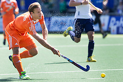 THE HAGUE - Rabobank Hockey World Cup 2014 - 13-06-2014 - MEN - SEMI-FINAL THE NETHERLANDS - ENGLAND 1-0 - Jeroen HERTZBERGER.<br /> Copyright: Willem Vernes