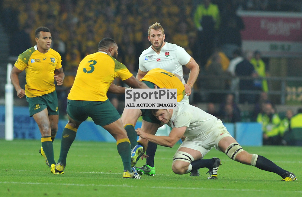 Stephen Moore (Capt) of Australia is tackled by Joe Launchbury of England during the IRB RWC 2015 Pool A match between England and Australia at Twickenham Stadium on Saturday 3 October 2015, London, England. (c) Ian Nancollas | SportPix.org.uk