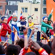 NLD//Amsterdam/20160422 - Opening Koningspelen 2016, Kinderen voor Kinderen optreden