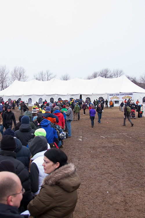 The line for beer was a bit long (being serverd inside the tent).  ©Brian Nelson