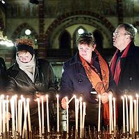 Nederland, Amsterdam , 29 december 2009..het Eindejaarsrequiem 2009 in de Dominicuskerk..Na afloop konden kaarsjes aangestoken worden..Foto:Jean-Pierre Jans