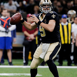 Dec 17, 2017; New Orleans, LA, USA; New Orleans Saints quarterback Drew Brees (9) throws against the New York Jets during the second half at the Mercedes-Benz Superdome. The Saints defeated the Jets 31-19. Mandatory Credit: Derick E. Hingle-USA TODAY Sports