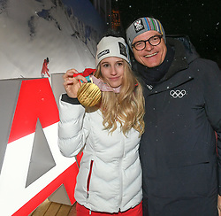 22.02.2018, Austria House, Pyeongchang, KOR, PyeongChang 2018, Medaillenfeier, im Bild Anna Gasser, Karl Stoss ÖOC Präsident // Anna Gasser, Karl Stoss ÖOC Präsident during a medal celebration of the Pyeongchang 2018 Winter Olympic Games at the Austria House in Pyeongchang, South Korea on 2018/02/22. EXPA Pictures © 2018, PhotoCredit: EXPA/ Erich Spiss
