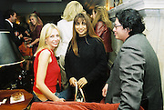 Amanda Cronin, Mala Lindsay and Bruno Wang. Candace Bushnell book party. Harington's. London. 1 February 2001. © Copyright Photograph by Dafydd Jones 66 Stockwell Park Rd. London SW9 0DA Tel 020 7733 0108 www.dafjones.com