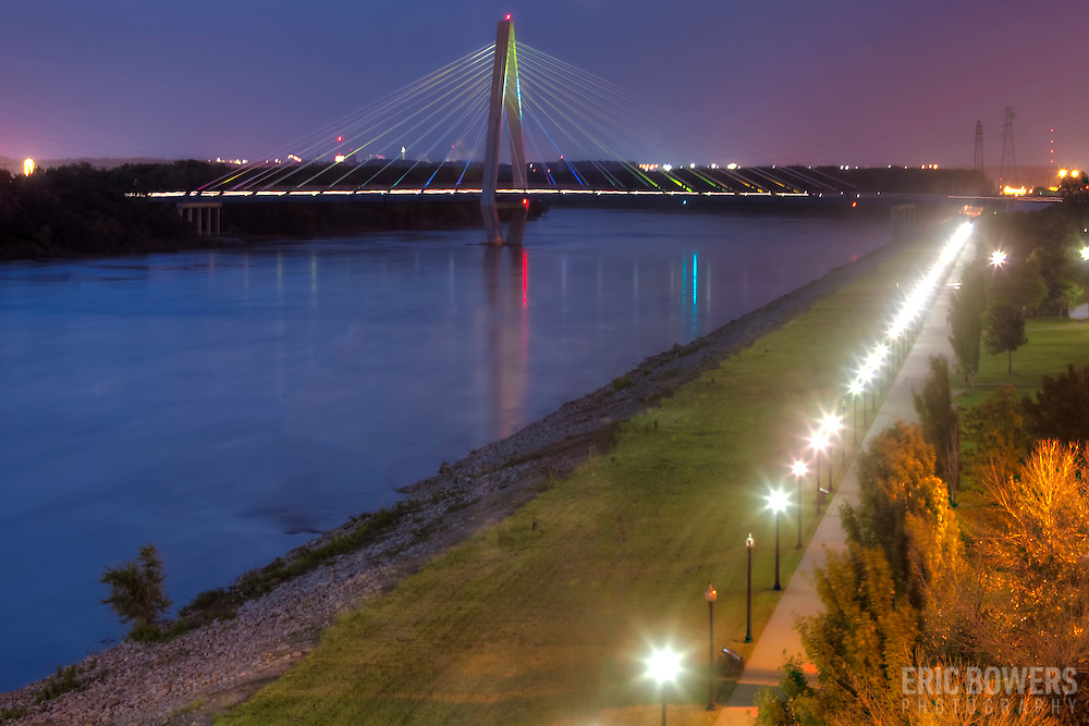 Kit Bond Bridge over the Missouri River in Kansas City, Missouri at dusk.