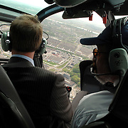 NLD/Rotterdam/20070423 - Rondvlucht boven de Rotterdamse haven in een helicopter
