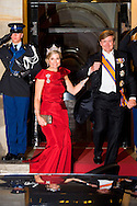 19-5-2016 AMSTERDAM - King Willem-Alexander and Queen Maxima received Thursday evening May 19 the Diplomatic Corps for the annual gala dinner at the Royal Palace in Amsterdam. The dinner takes place in order to maintain international relations and strengthen. This year, the dinner has the theme 'International law'. For this reason, representatives of international organizations, headquartered in the Netherlands and Dutch active needed in this area. Next to the Royal Couple were HRH Princess Beatrix and Princess Margriet attended the dinner. copyright Robin Utrecht<br /> 19-5-2016 AMSTERDAM - Koning Willem-Alexander en Koningin Maxima ontvangen donderdagavond 19 mei het Corps Diplomatique voor het jaarlijkse galadiner in het Koninklijk Paleis Amsterdam. Het diner vindt plaats om de internationale relaties te onderhouden en te versterken. Dit jaar heeft het diner het thema &lsquo;Internationaal recht&rsquo;. Om die reden zijn ook vertegenwoordigers van internationale organisaties, gezeteld in Nederland, en Nederlanders die actief zijn op dit terrein genodigd. Prinses Beatrix en Prinses Margriet aanwezig bij het diner. copyright robin utrecht diadeem ,