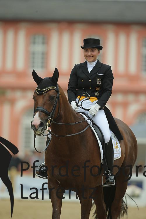 Schürmann, Charlott-Maria, Burlington FRH<br /> Wiesbaden - Pfingstturnier 2015<br /> Grand Prix de Dressage<br /> © www.sportfotos-lafrentz.de/Stefan Lafrentz