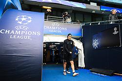 Edinson Cavani of PSG walks out to train - Mandatory byline: Matt McNulty/JMP - 07966386802 - 11/04/2016 - FOOTBALL - Manchester City v PSG - Etihad Stadium -Manchester,England - UEFA Champions League