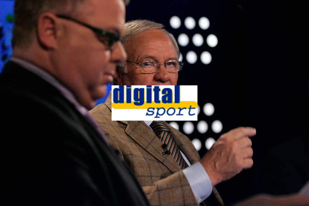 Manager - legende Ron Atkinson i Canal+ studio med Dag Solheim <br /> Foto - Kasper Wikestad