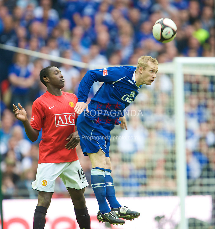 LONDON, ENGLAND - Sunday, April 19, 2009: Manchester United's Danny Welbeck and Everton's Tony Hibbert during the FA Cup Semi-Final match at Wembley. (Photo by David Rawcliffe/Propaganda)