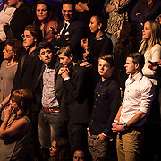 NLD/Hilversum/20141219- Finale The Voice of Holland 2014, publiek in spanning