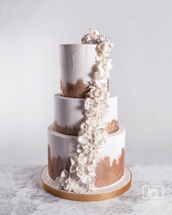 Beautiful wedding cake photo by Brandon Alms Photography