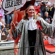 NLD/Amsterdam/20110806 - Canalpride Gaypride 2011, advocate in zilverkleurig toga