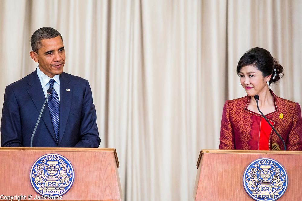 18 NOVEMBER 2012 - BANGKOK, THAILAND:   US President Barack Obama and Thai Prime Minister Yingluck Shinawatra at the joint press conference with President Obama and Prime Minister Shinawatra in Government House on November 18, 2012 in Bangkok, Thailand. Obama will become the first serving US President to visit Myanmar during his four-day tour of Southeast Asia that will also include visits to Thailand and Cambodia.  PHOTO BY JACK KURTZ