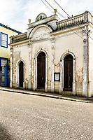 Teatro Adolpho Mello (Teatro Municipal), construído em 1854, é o mais antigo de Santa Catarina e o terceiro mais antigo do Brasil. São José, Santa Catarina, Brasil. / Adolpho Mello Theater, built in 1854, is the oldest theater in Santa Catarina state, and the third oldest in Brazil. Sao Jose, Santa Catarina, Brazil.