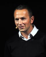 Fussball Nationalmannschaft :  Saison   2009/2010   10.11.2009 ADIDAS WM 2010 Trikot Vorstellung (Teamgeist) Oliver Brueggen  (Adidas)